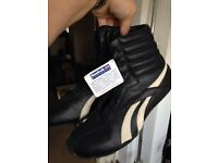 Reebok black leather boxing boots UK11