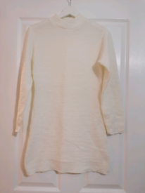 Cream long length knitted jumper - size 8