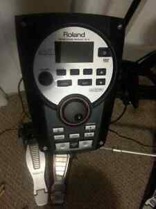 Roland TD-11KS Electronic Drumkit w/Pedals.
