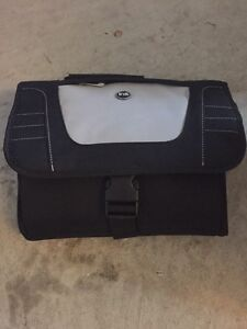 Portable DVD player and case Cambridge Kitchener Area image 3