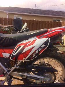 Moto Honda CRF 230L 2008 - prix revisé 2800$ !!! À voir!!!! Lac-Saint-Jean Saguenay-Lac-Saint-Jean image 6