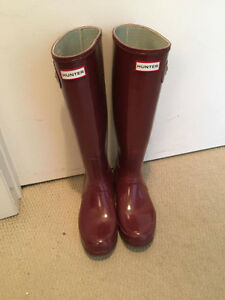 Burgundy Hunter Boots for Sale