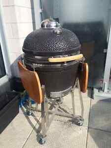 Kamado Grills B-Series Charcoal BBQ Smoker