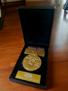 "Star Wars official ""Battle of Yavin"" Replica Medal"