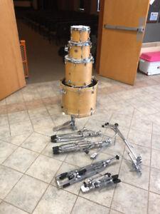 Yamaha Stage Custom drumkit w/ cases & hardware