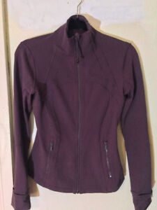 BRAND NEW LULULEMON DEFINE JACKET- SZ 6. Retail $129+tax