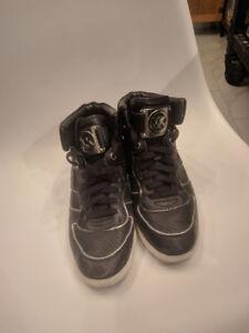 Micheal kors wedge shoe size 9