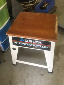 WOOD SHOP STAND