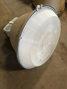 Lights  400 Watt   we have over  100 of them