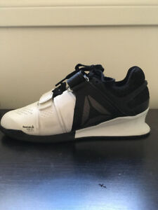 Powerlifting shoes: Women's Reebok Legacy Lifter Size 5.5