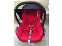 Maxi-Cosi CabrioFix car seat with Easy Fix Base and rain cover