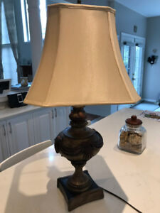 Beautiful Classical Table Lamp