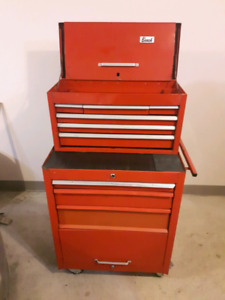 Coffre à outils; boîte a outils; tool box; tool chest