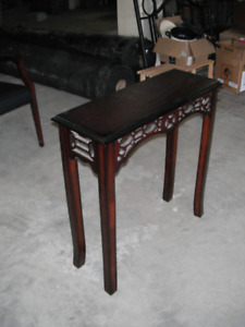 Entrance or hall side table, like new
