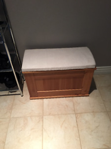 IKEA SOLID WOOD ENTRY BENCH