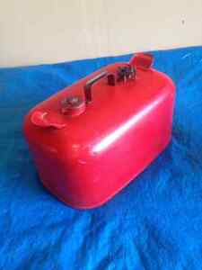Good Outboard Gas Tank SEE VIDEO