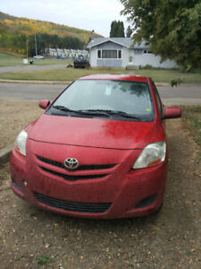 2008 Toyota Yaris Sedan (With summer and winter tire sets)