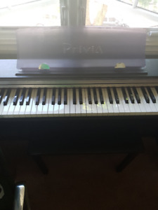 Casio Privia PX730  in Black Electric Piano