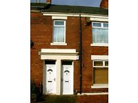 Cosy furnished flat to rent in Heaton, 2 double bedrooms, double glazing, GCH, central location