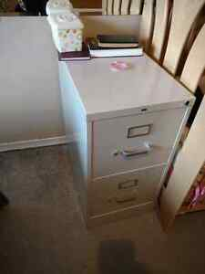 Filing box in good condition, file folders included