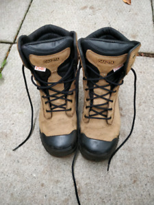 Brand new dakota work boots size 12