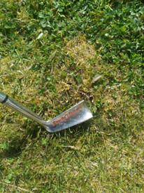 Old school chipper golf club