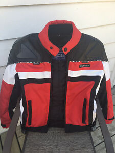 Women's motorcycle gear (jacket, boots)