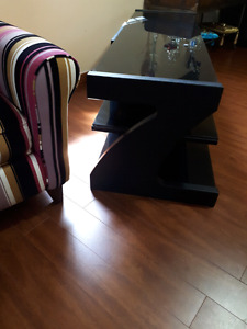 PERFECT CONDITION TV TABLE