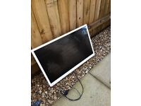 Toshiba LCD colour TV DVD 32 inch spares or repair