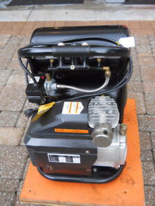 Air Compressor double tank by Motomaster 60 hp 90 psi $ 150 firm
