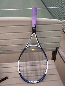 Wilson tennis racuqet, Nano Fronton, with NEW Wilson string