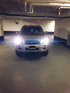 2007 LOW KM HYUNDAI TUSCON FOR SALE!!