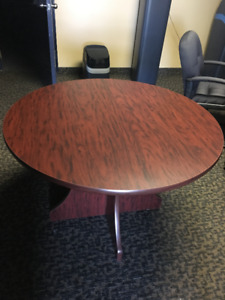 Cherry Veneer Round Table
