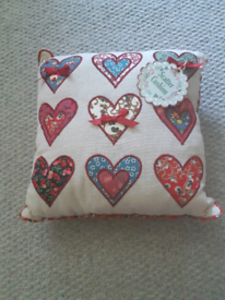 Small soft scatter cushion