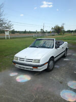 Dodge Shadow convertible V6 3.0 litres 1992