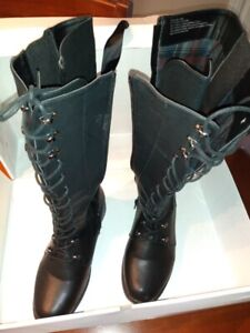 Woman Boots ,High ,black,8 wide  brand new $35.00