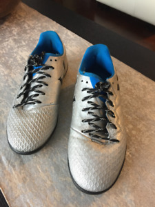 "Adidas ""MESSI"" kid's soccer shoes"