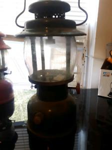 Coleman KEROSENE lantern