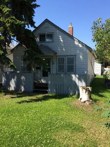 2 Bedroom House $1190/ month + utilities