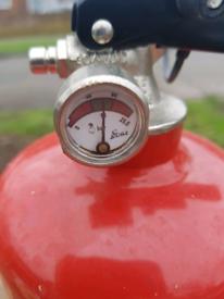 Fire extingusher powder two Kg