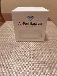 Apple Airport WiFi Router
