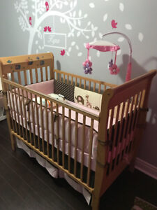4 in 1 crib bed with mattress available