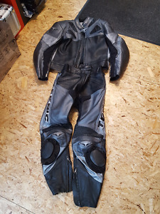 Teknic 2 Piece Zip Together Leathers