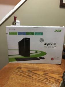 Brrand NEW In Box Acer Aspire Compact Desktop
