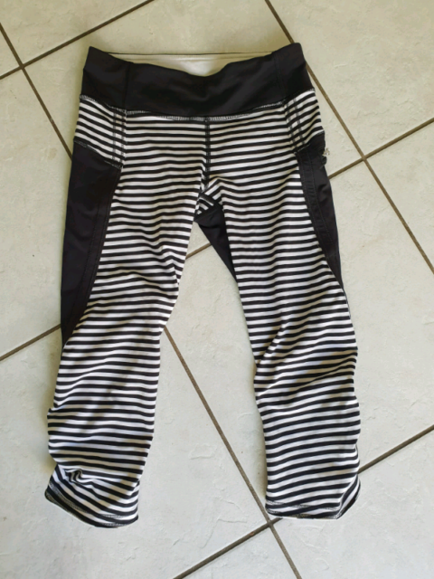 6cdd2b9d7b Lululemon crop | Pants & Jeans | Gumtree Australia Tweed Heads ...