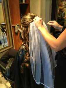 Wedding dress and Vail obo London Ontario image 5