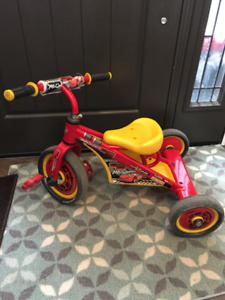 Cars Lightning McQueen Tricycle