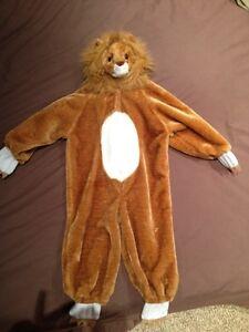 Halloween costume Lion