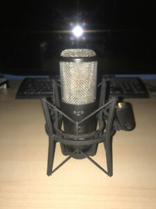 AKG P420 condensor studio mic with pop filter, and mic stand