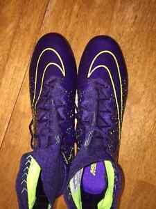 Purple & Volt Nike Superfly $100 OBO Belleville Belleville Area image 2